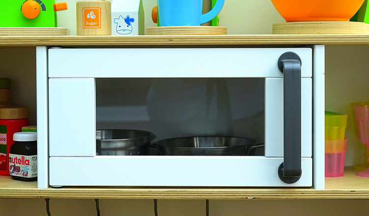 6 Life hacks with the microwave that every college student should know!